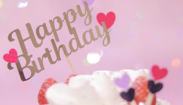 チックタックダイナーの誕生日ケーキ