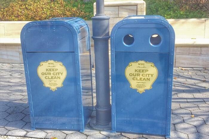 紋章などデザイン付きゴミ箱(トラッシュカン)種類②<ディズニーシー>