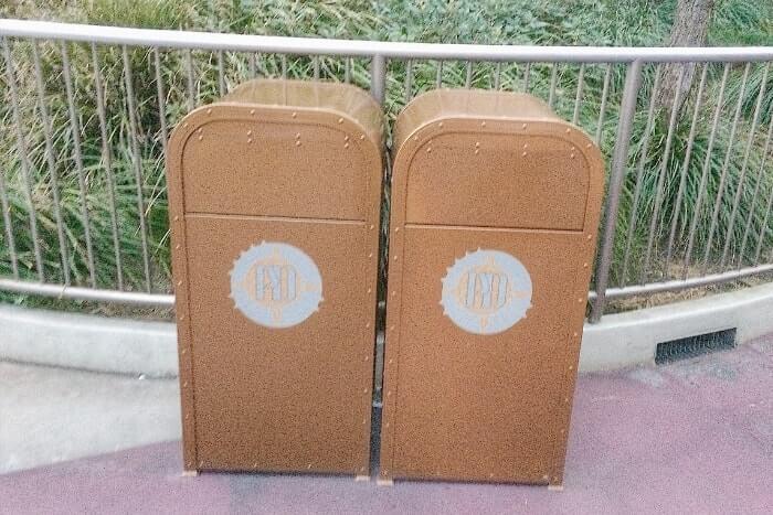 紋章などデザイン付きゴミ箱(トラッシュカン)種類⑤<ディズニーシー>