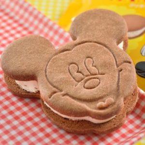 ミッキー・クッキーサンドアイス