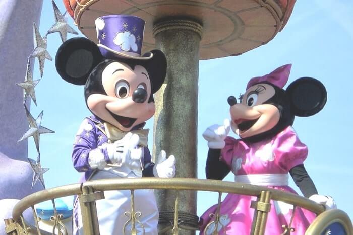 ディズニーのショー・パレード